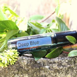 doterra-deep-blue-roll-on-essential-oil-verzachten-2